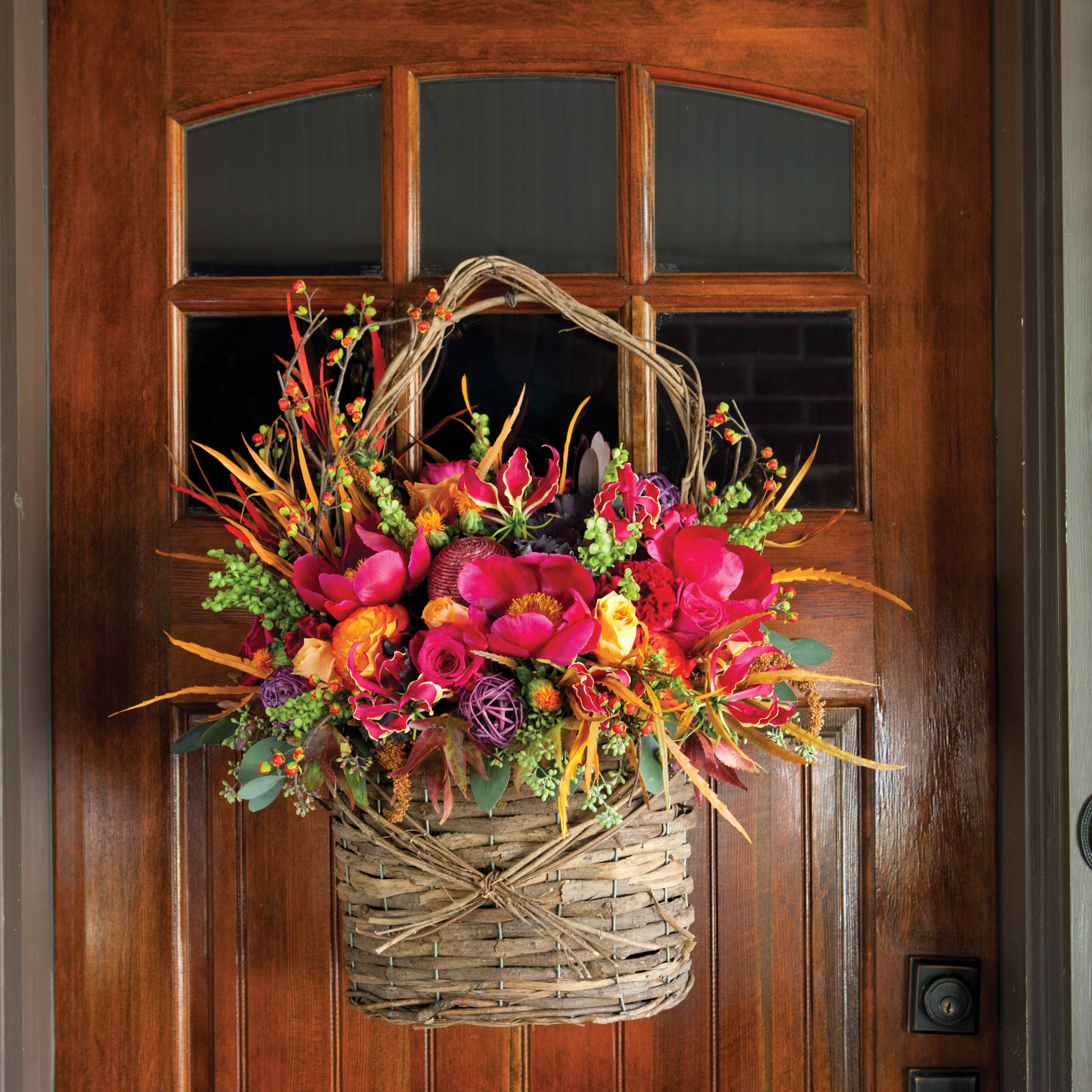 Fall Door Garland: Southern Lady Magazine
