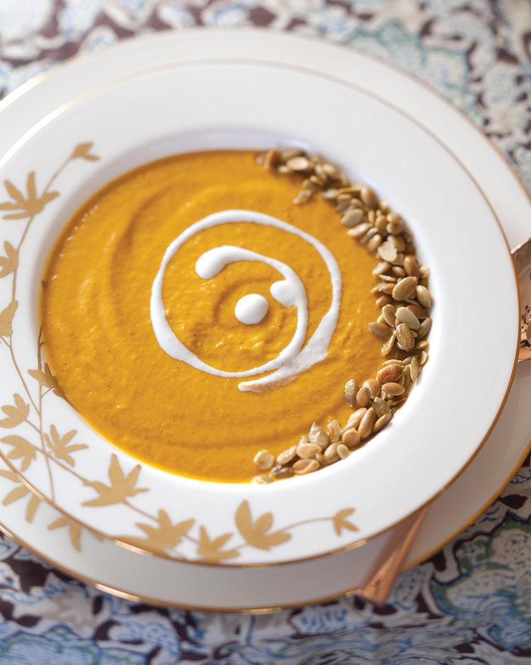 gracious-occasion-creamy-pumpkin-soup