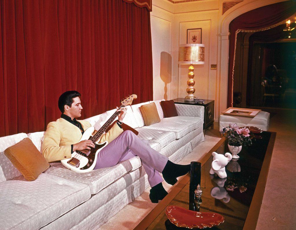 Elvislivingroom