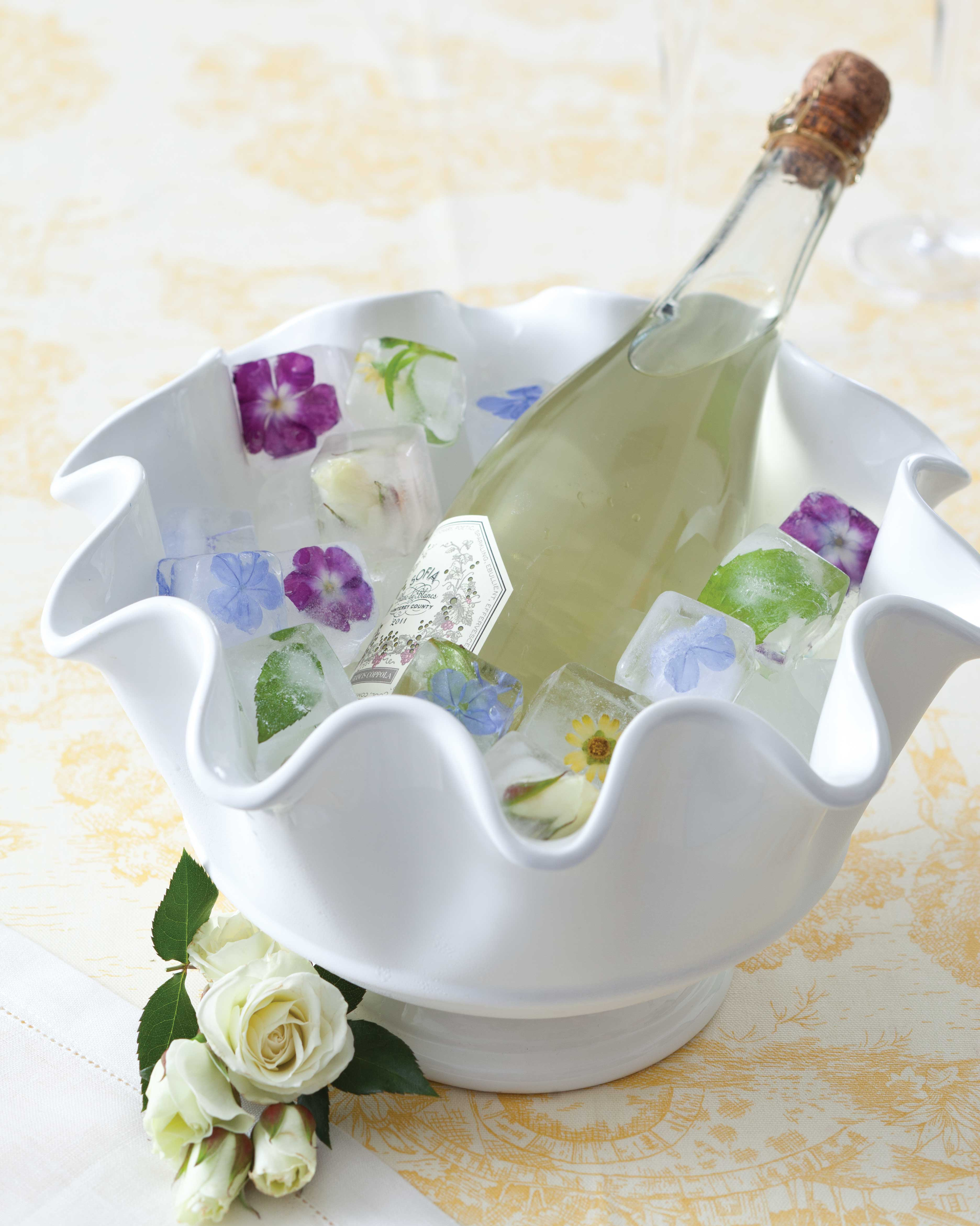 Spring entertaining ideas, ice cubes