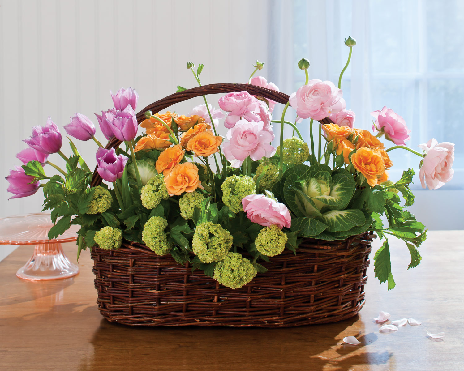 Flower Basket Arrangements Pictures : Easter floral arrangements