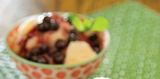 Vanilla Bean Ice Cream with Blueberry Wine Sauce
