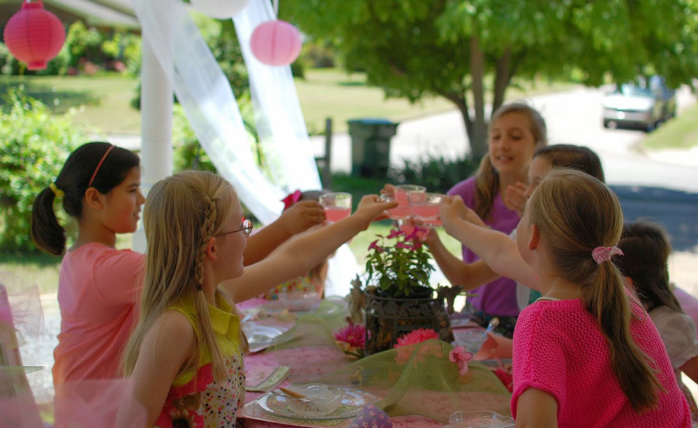 Expert Advice on Party Manners Basics