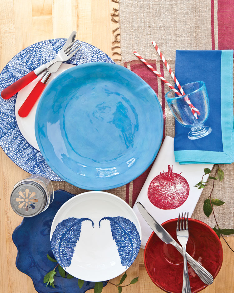 A photo of Fourth of July table setting pieces
