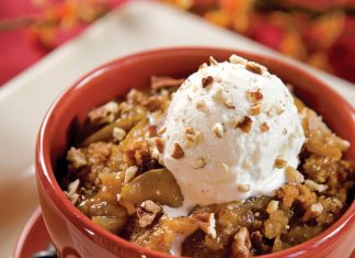 A picture of Pear Cobbler with Streusel Topping