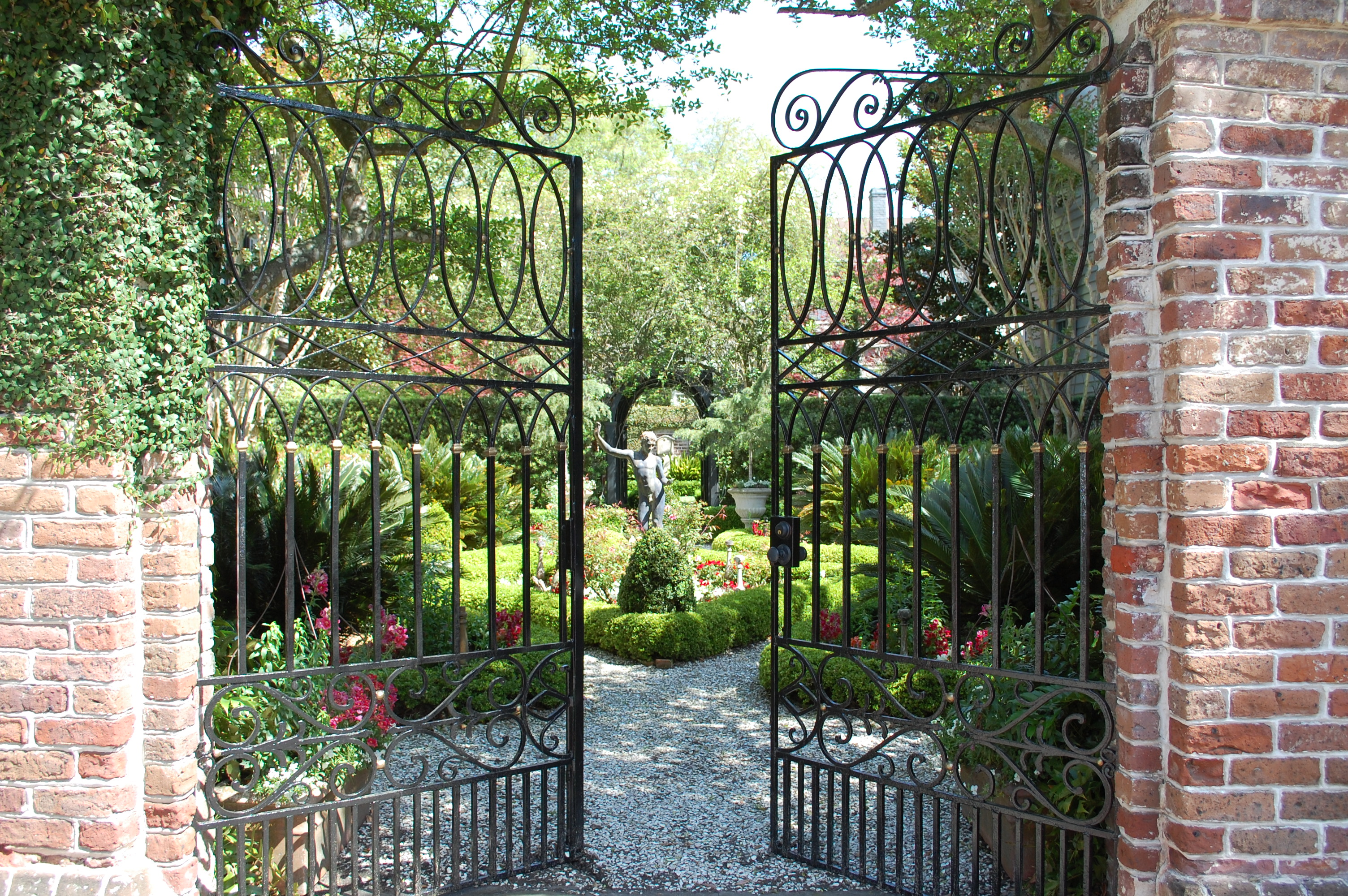 4. Festival of Houses and Gardens, Credit Historic Charleston Foundation