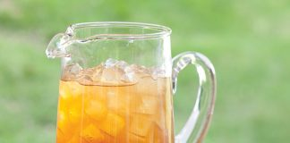 A picture of a pitcher of Arnold Palmers
