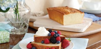 A picture of Vanilla Bean Pound Cake