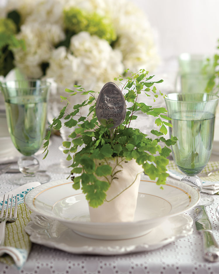 Spring entertaining ideas, potted fern place card