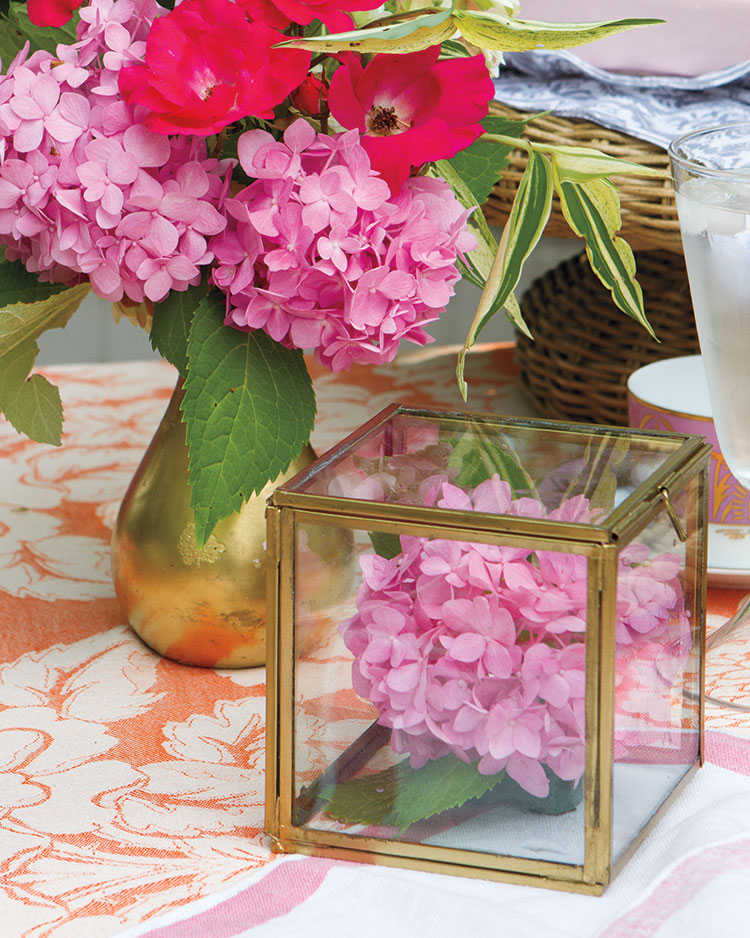 Spring entertaining ideas, flower box display