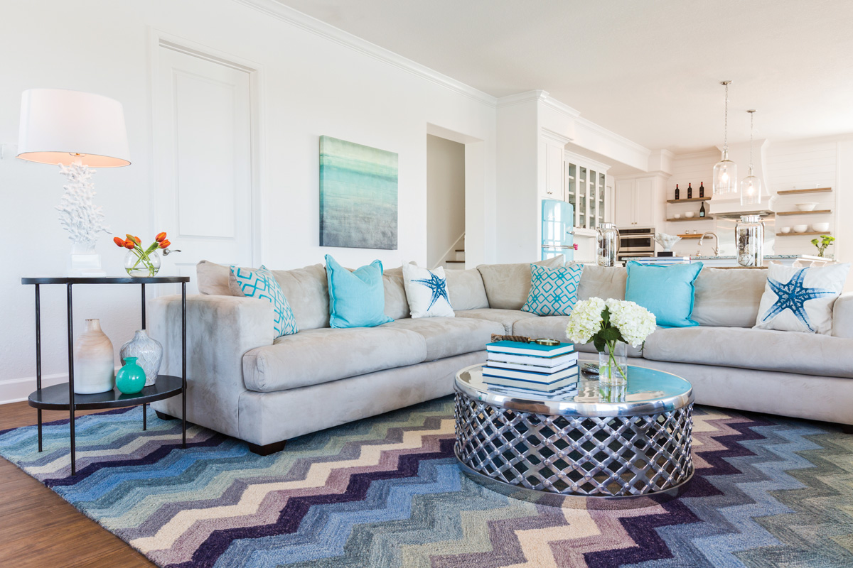 Coastal current beach house style southern lady magazine for Beach house style