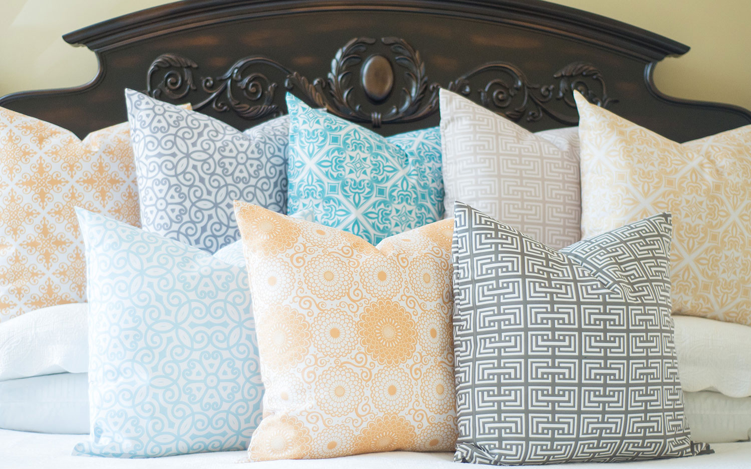 SOUTHERN SISTERS Pillows-1