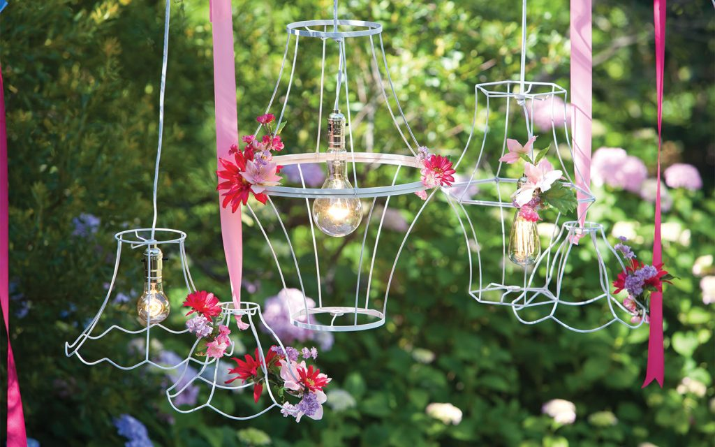 A detailed picture for summer lights for outdoor dining with wire lampshade frames.