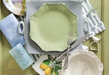 A detailed picture of tableware used for an easy breezy place setting.
