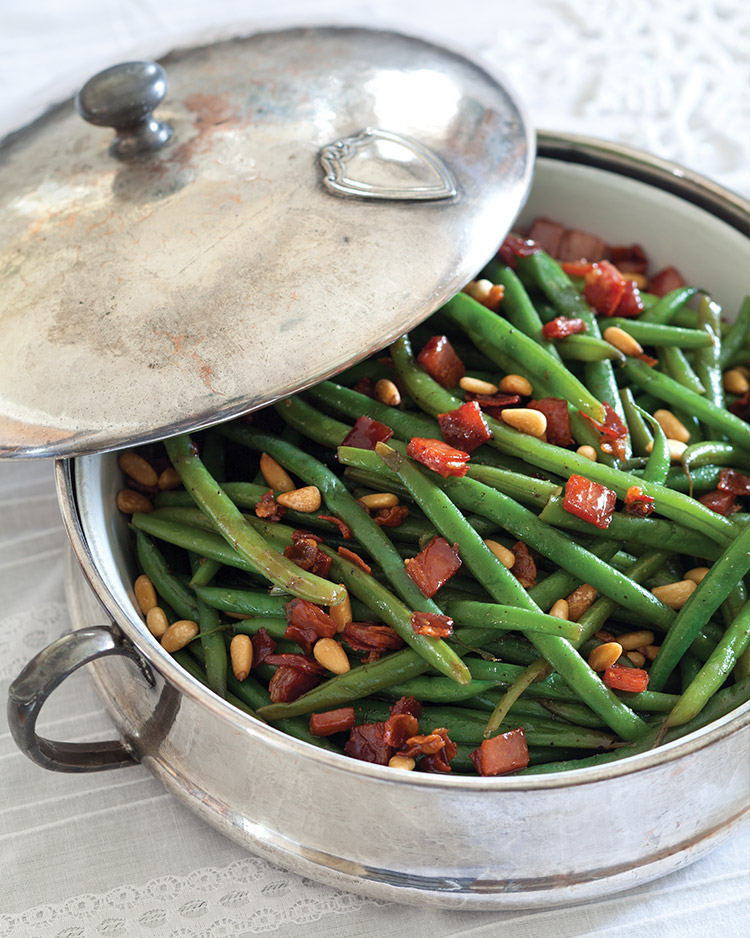 Haricots Verts with Prosciutto and Pine Nuts