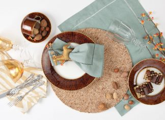 a picture of tableware for tortoiseshell mix and match