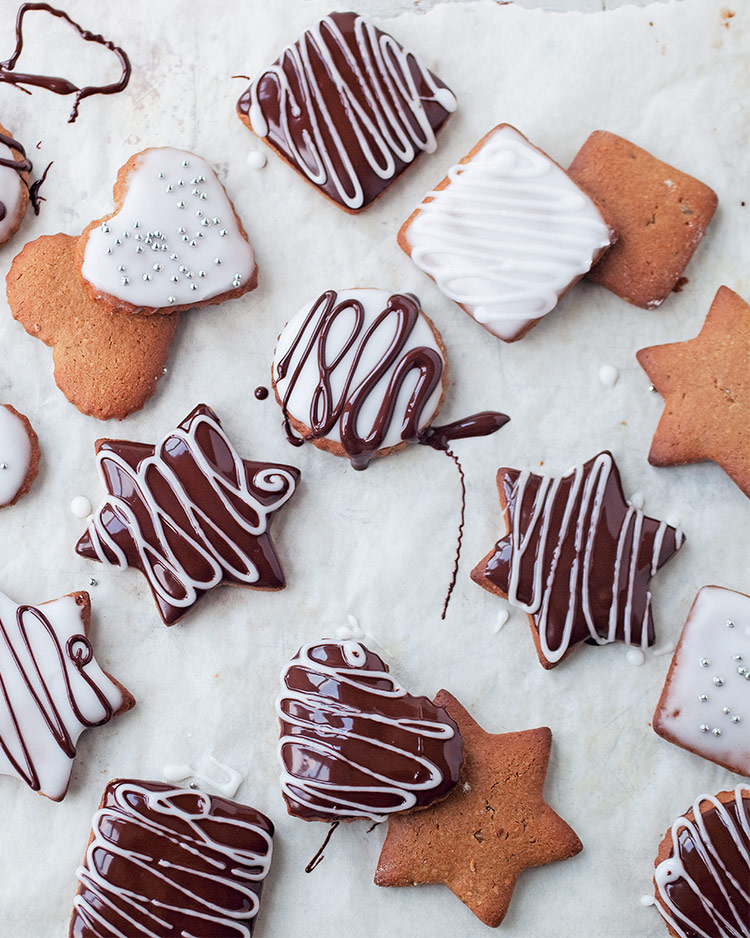 Sweet Tidings: Christmas Cookies to Make and Bake
