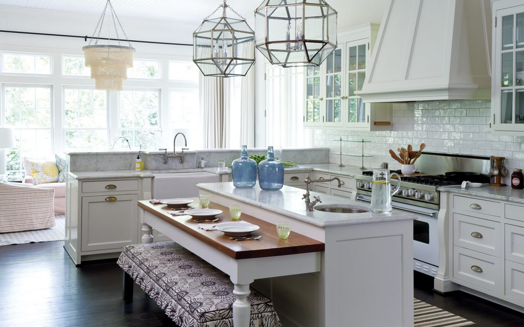 10 of Our Favorite White Kitchens