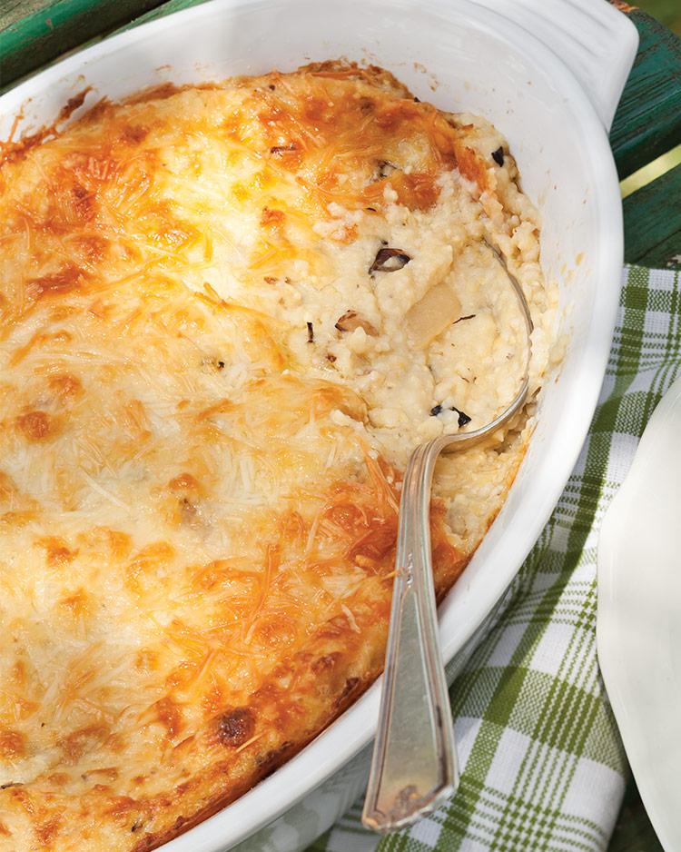 Parmesan Vidalia Grits Bake