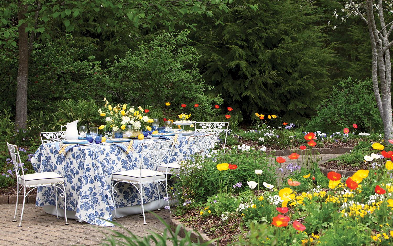 Seasonal Settings: Waltz with Flowers