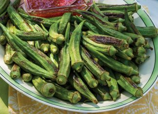 Roasted Okra with Pepper Jelly Sauce
