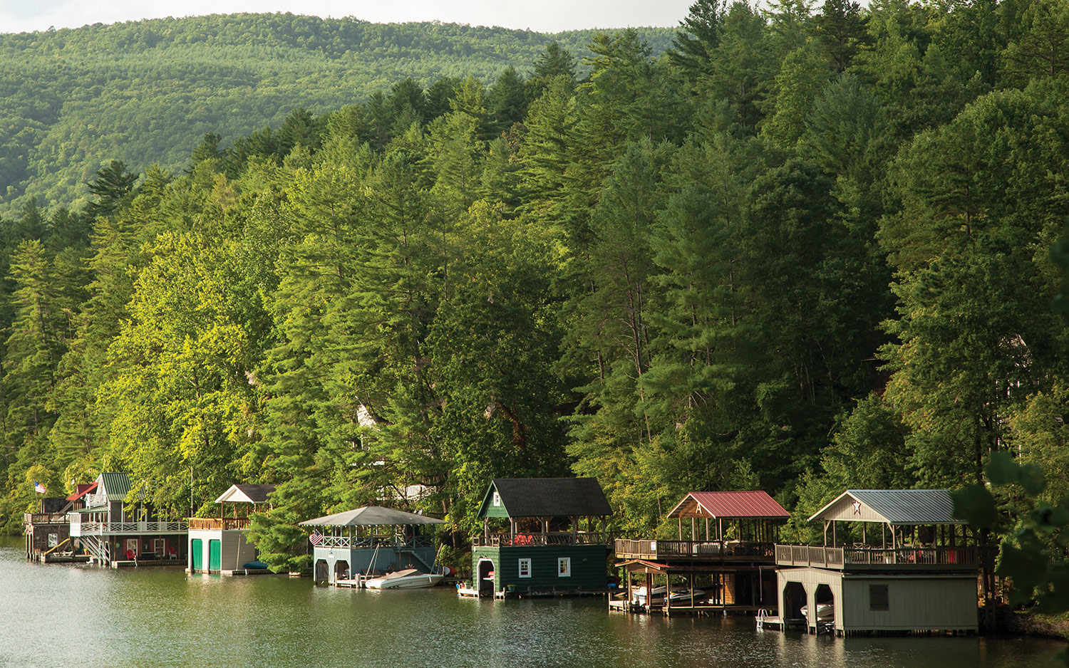 Two Days Away: Lakeside Idyll in Lake Rabun, Georgia