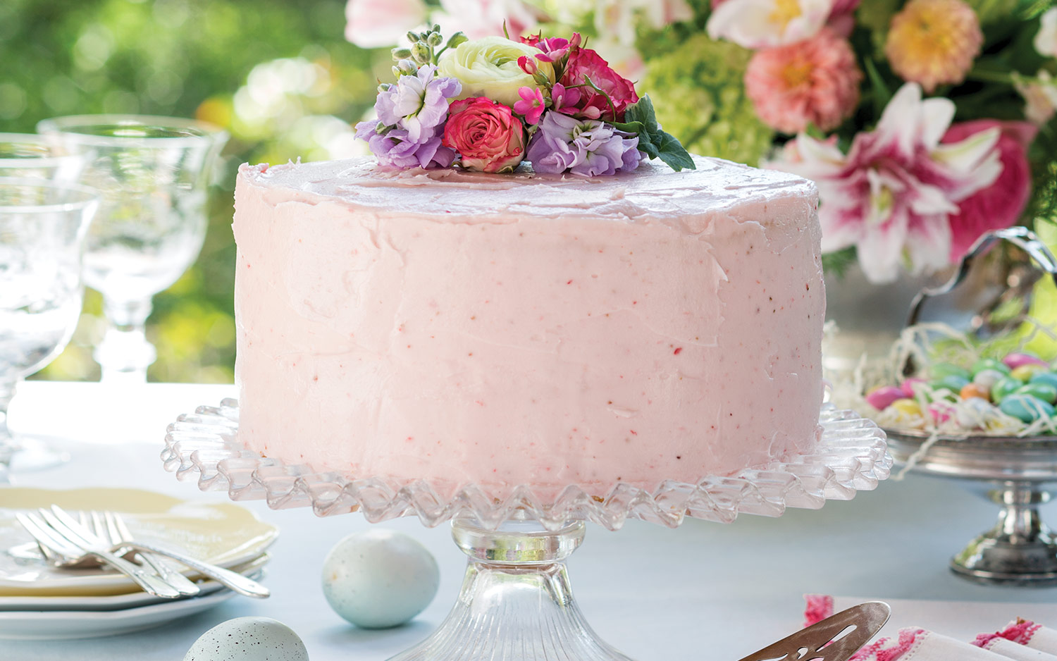 Springtime Strawberry Cake