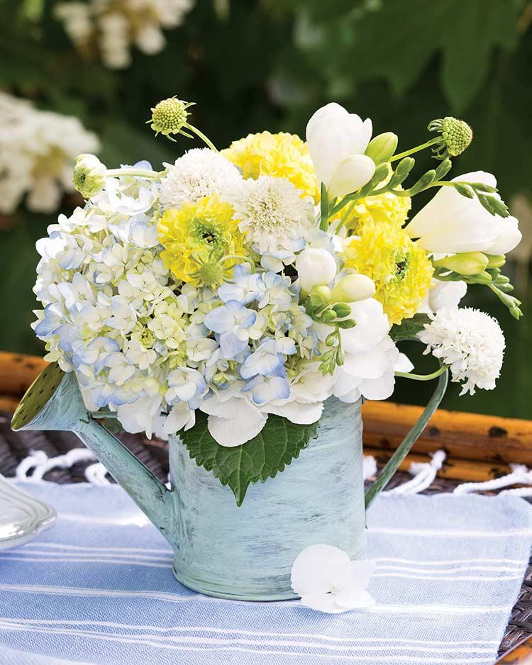 7 Stunning Floral Displays for Spring
