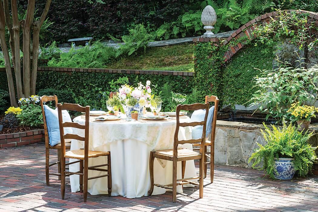Garden Reverie Table Setting